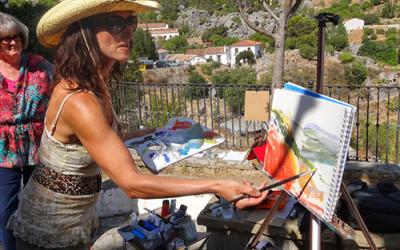 Anna Martin demonstrating