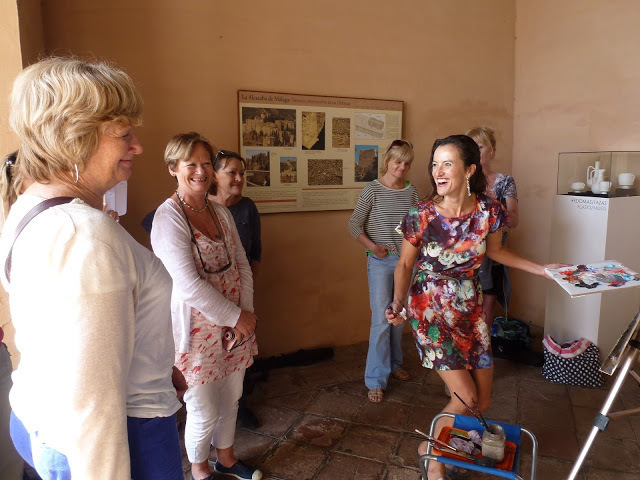 Painting with Anna Martin in Alcazar, Malaga, Spain